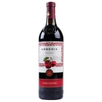 Armenia Black currant 0,75l 12%
